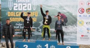 Türkiye dalga sörfü şampiyonası Alanya'da yapıldı