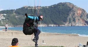 Dünya yamaç paraşütü şampiyonası Alanya'da!