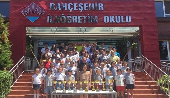 Alanya'da en fazla kupa alan okul açıklandı