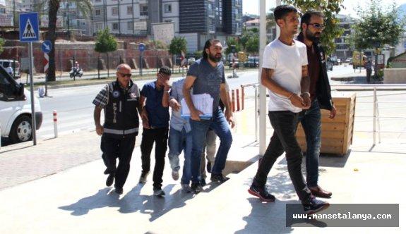 Alanya'da 1309 adet uyuşturucu hap ele geçirildi