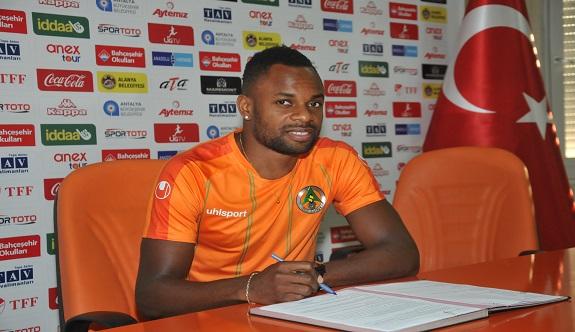 Alanyaspor da sezonun ilk transferi