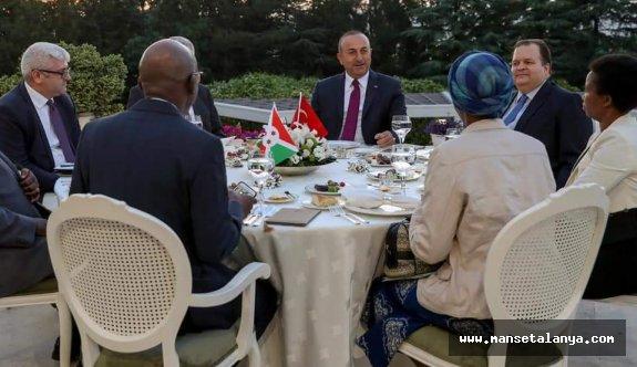Bakan Cavuşoğlu, O ülkeye gidiyor...!