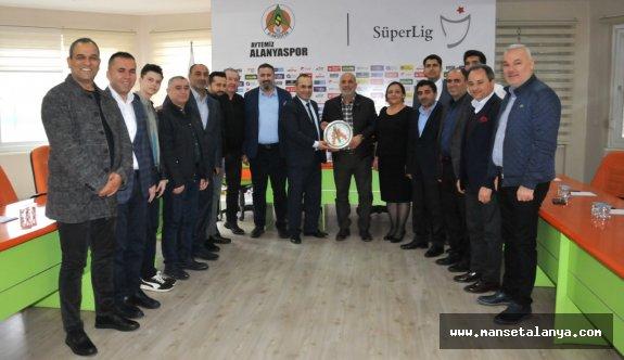 Alanyaspor, Alanyadaki İstanbulluları ağırladı