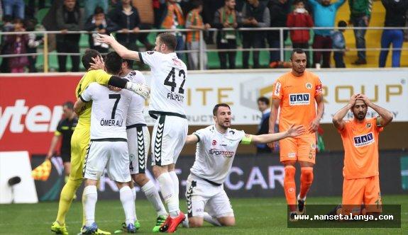 Alanyaspor'u çok zorlu maçlar bekliyor