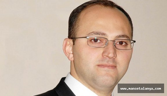 Antalyalı işadamı Mustafa Alanyalı 'Bende adayım' dedi