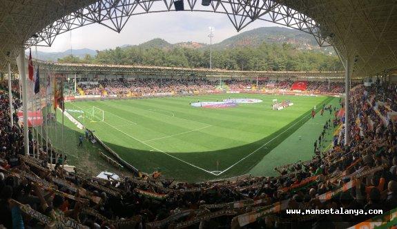 İşte Alanya-Göztepe maçı seyirci sayısı
