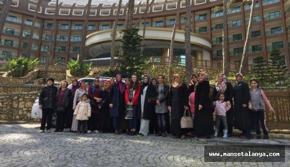 Pursaklarlı kadınlar Alanya'yı gezdi