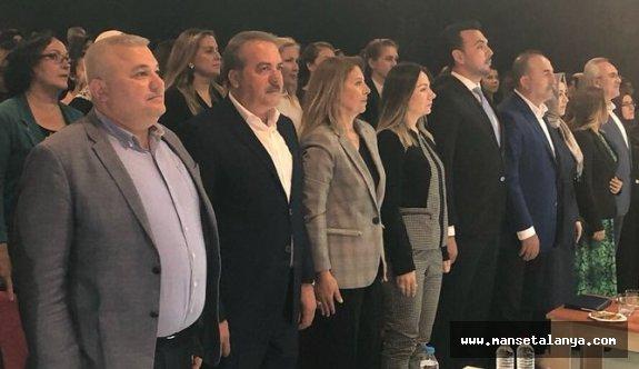 Bakan Çavuşoğlu, memleketi Alanya'dan dünyaya mesaj verdi