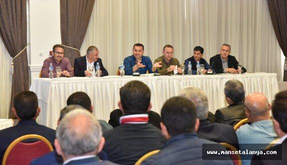 Yücel, fırsat bu fırsat diyerek, Alanya sorunlarını Makedonya'da dinledi