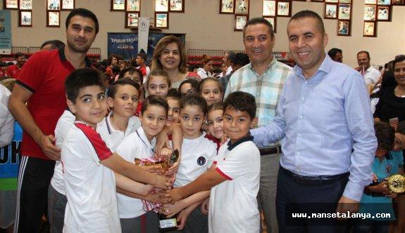 Okul sporları ödül töreni yapıldı