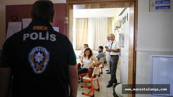 Antalya ve ilçelerinden oy pusulalarının fotoğrafını çekenlere büyük şok