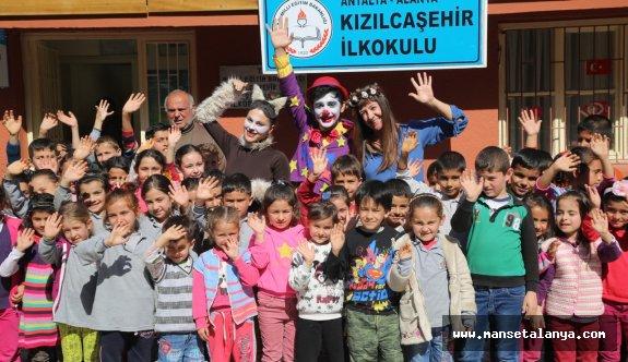Türkiye'de çocukları sanatla buluşturan ilk proje