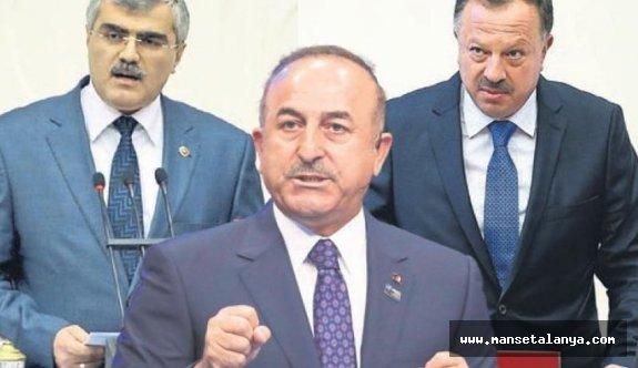 Akdeniz'de 3 önemli siyasetçi