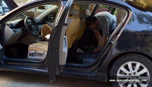Otomobilde Uyuşturucu Ele Geçirildi: 1 Gözaltı