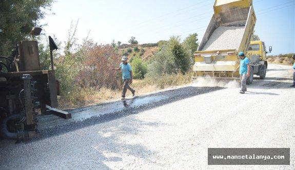 Alanya belediyesinin asfalt seferberliği devam ediyor