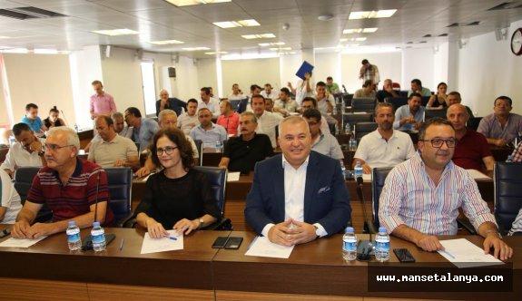 Şahin, Mevlüt Çavuşoğlu'na teşekkür etti