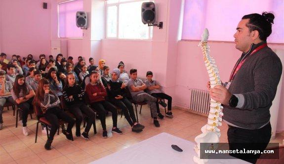 Omurga sağlığı taramaları Alanya'da devam ediyor