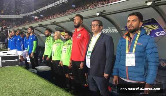 Oyuncu, Mevlüthan Çavuşoğlu ile tartıştı...