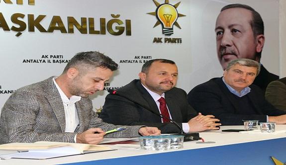 Ak Parti Antalya teşkilatında gözler Cuma'ya çevrildi
