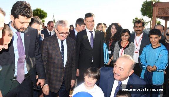 Bakan Çavuşoğlu'ndan, özel ziyaret...
