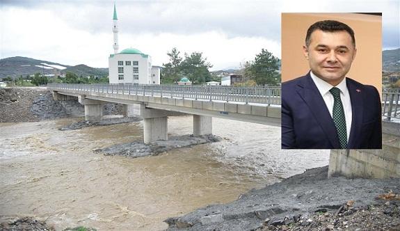 Başkan Yücel, sözünü tuttu ve köprüyü yaptı