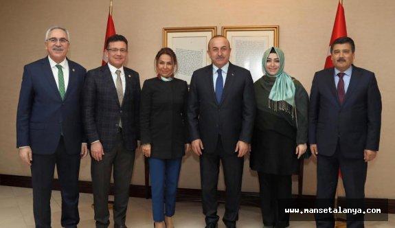 Çavuşoğlu, Antalyalı vekiller ile bir araya geldi...