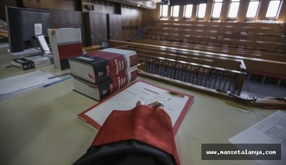 Antalya bölge Adliye Mahkemesi 62 sanıklı fetö davasında kararını verdi