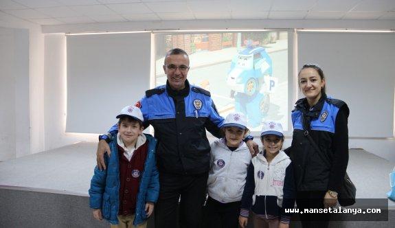 Nezahat-Abdullah Doğan ilkokulunda trafik eğitimi