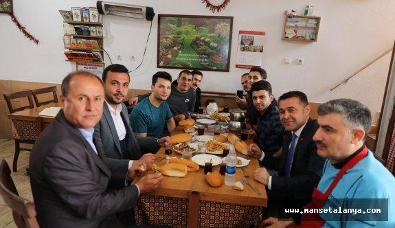Mehmet Şenli: Alanya'da Cumhur ittifakının adayı Adem Murat Yücel kazanacak!