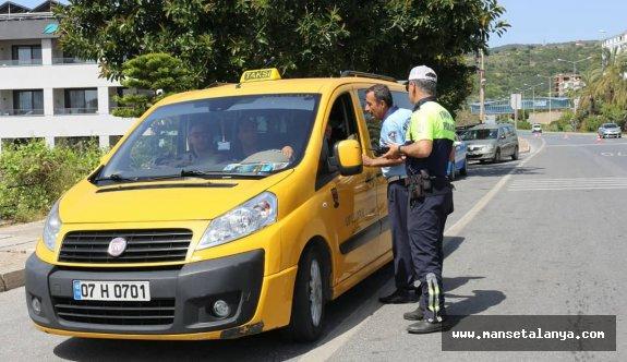 12 halk otobüsü ve 56 taksiye para cezası verildi!