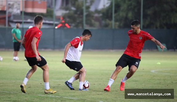 Alanyaspor'da yeni sezon hazırlığı sürüyor