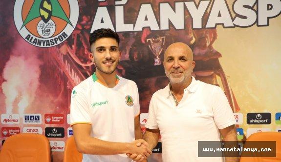 Alanyaspor'a gurbetçi futbolcu