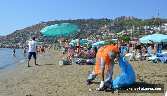 Alanya sahilleri temizlendi