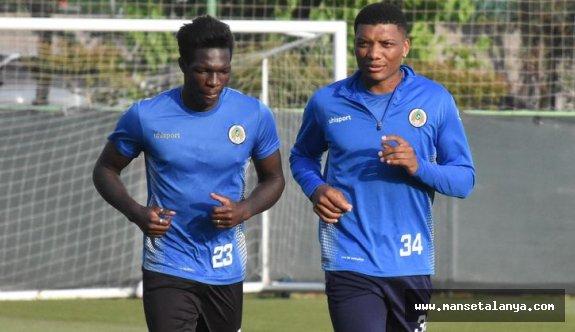 Alanyaspor'da N'Sakala ve Junior Fernandes seferberliği