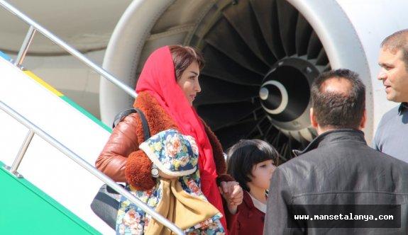 İran'dan 'Charter' müjdesi