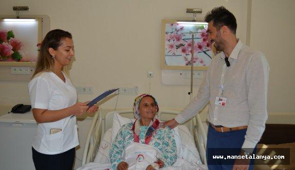 Alanya'da ilk defa laparoskopik ameliyatı yapıldı!