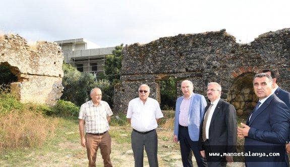 Antalya valisi, Gülevşen camisini inceledi