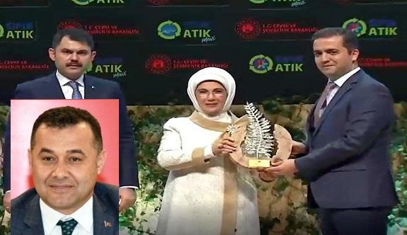 Adem Murat Yücel yönetimindeki Alanya belediyesi ödüle doymuyor!