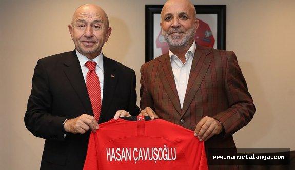 Çavuşoğlu'na A Milli takım forması!