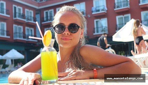 Rus turist yönünü Ege'ye çevirdi, yüksek çift haneli artışlar