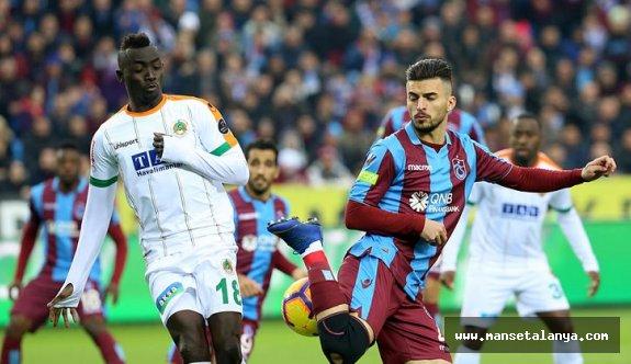 Trabzonspor kendi evinde Alanyaspor'u hiç yenemedi