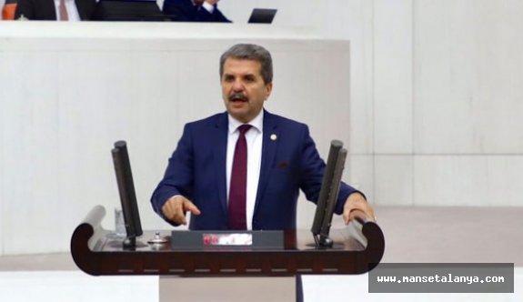 İyi Partili vekili Bahşi: Belediye şirketlerinde çalışan işçiler mutlu değil!