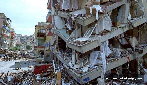 Uzmanlar, Elazığ depreminde yıkılan binalarda dere kumu kullanıldığını açıkladı