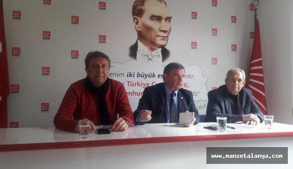 CHP'li Karadağ: Çavuşoğlu AKP'nin değil, Türk halkının bakanı!