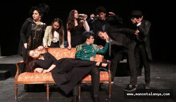 Liseler arası tiyatro şenliği başlıyor