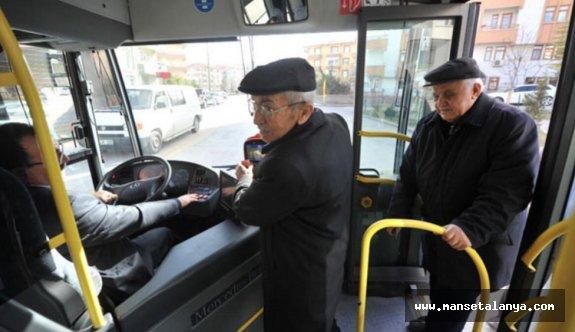 Toplu Taşımayı Ücretsiz Kullanan 60 ve 65 Yaş Üstü Vatandaşlar Artık Para Ödeyecek!