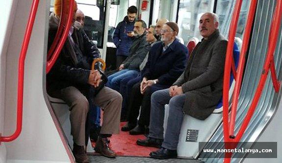 Antalya'nın yüzde 8.5'i yaşlı