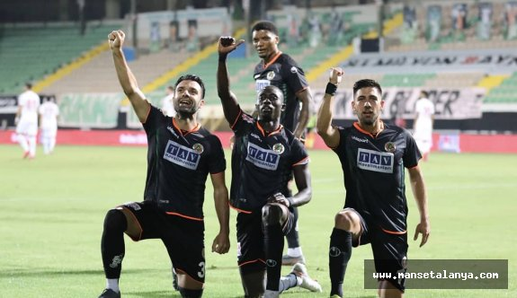 Alanyaspor, Antalyasporu eledi!