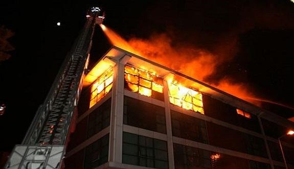 Alanya'da otelde yangın!