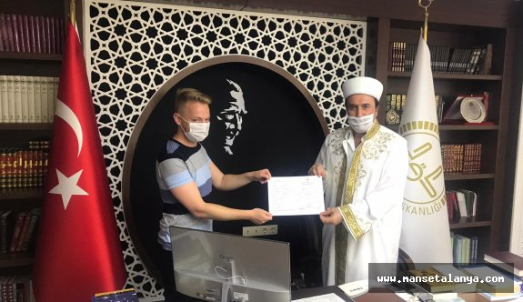İngiliz Alanya'da müslüman oldu
